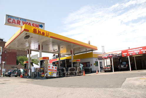 photo ~ Shell gas station ~ 2008-06-29 ~ Carnival ~ sputnyc