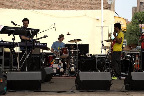photo ~ Bandamous (Manyc Records) ~ 2008-06-29 ~ Carnival ~ sputnyc